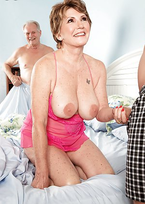 Free Young Granny Pussy Pics