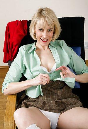 Free Young Panties Pics