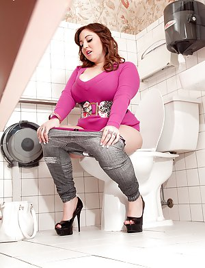 Free Voyeur Pussy Pics