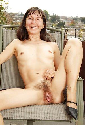 Free Mature Pussy Pics