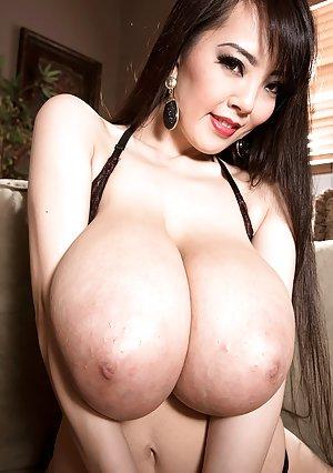 Free Young Big Tits Pics