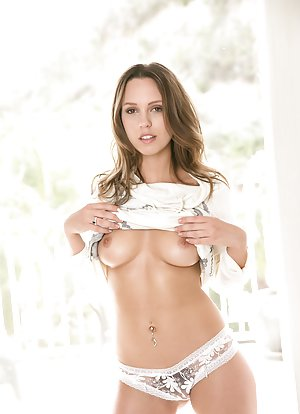 Free Young Lingerie Pics