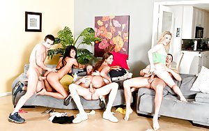Free Young Groupsex Pics