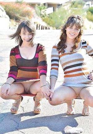 Free Young Lesbians Pics